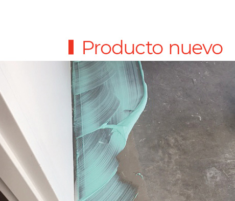 El adhesivo Ultrabond ECO 811 de MAPEI puede usarse en cualquier loseta de alfombra