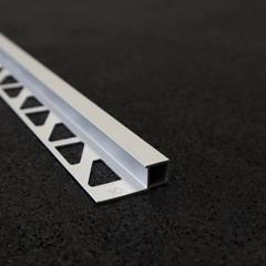 Quadraprofil, Alu silber matt, 10mm, Nr: 21710S3, Front; Fotocredit: Denise Frunza