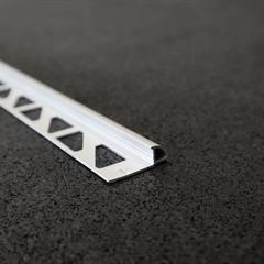 Viertelkreisprofil, Alu silber matt, 8mm, Nr: 2188S3, Front; Fotocredit: Denise Frunza