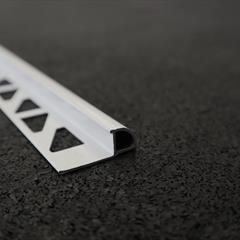 Viertelkreisprofil, Alu weiß, 10mm, Nr: 21810W3, Front; Fotocredit: Denise Frunza