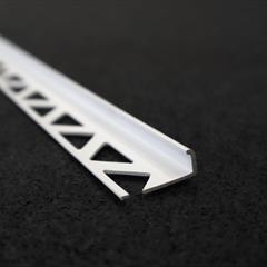 Winkelprofil, PVC weiß, 8mm, Nr: 11198113, Front; Fotocredit: Denise Frunza