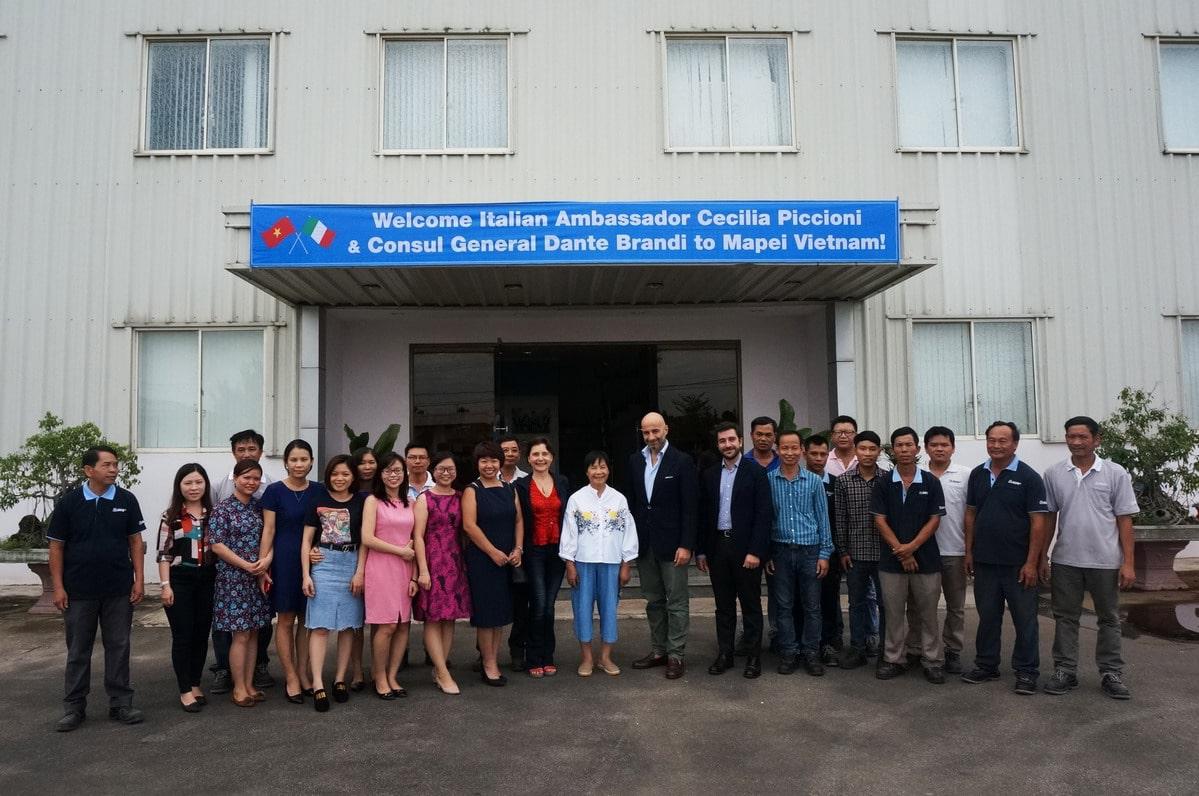 Đại sứ quán Ý đến thăm nhà máy Mapei Việt Nam