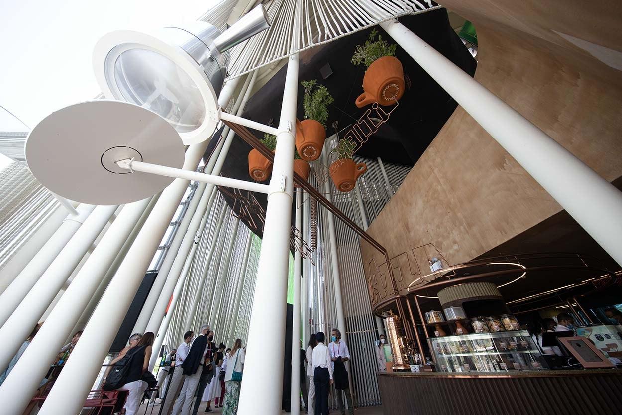 Dubai - pubblico al padiglione Italia EXPO 2020 2021 10 21_15 © Massimo Sestini for Italy Expo 2020