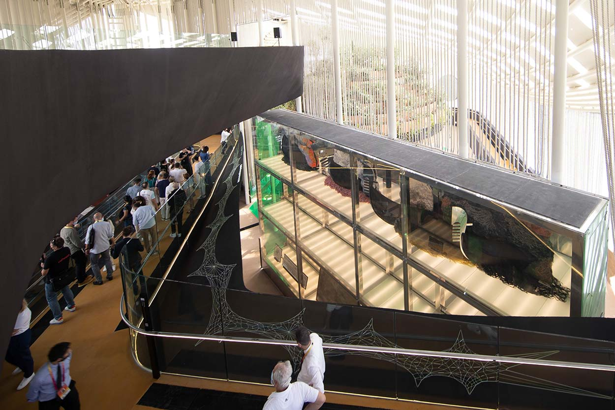 Dubai - pubblico al padiglione Italia EXPO 2020 2021 10 21_27 © Massimo Sestini for Italy Expo 2020