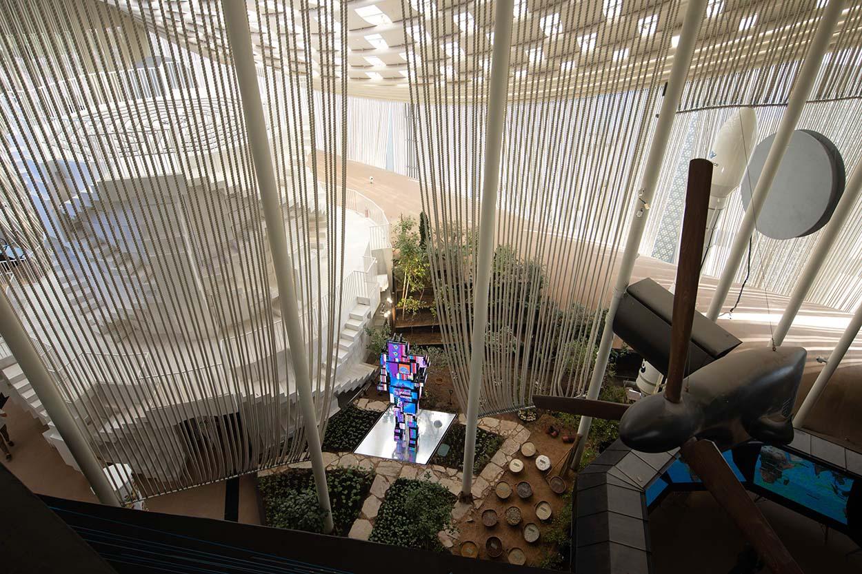 Dubai - pubblico al padiglione Italia EXPO 2020 2021 10 21_30 © Massimo Sestini for Italy Expo 2020