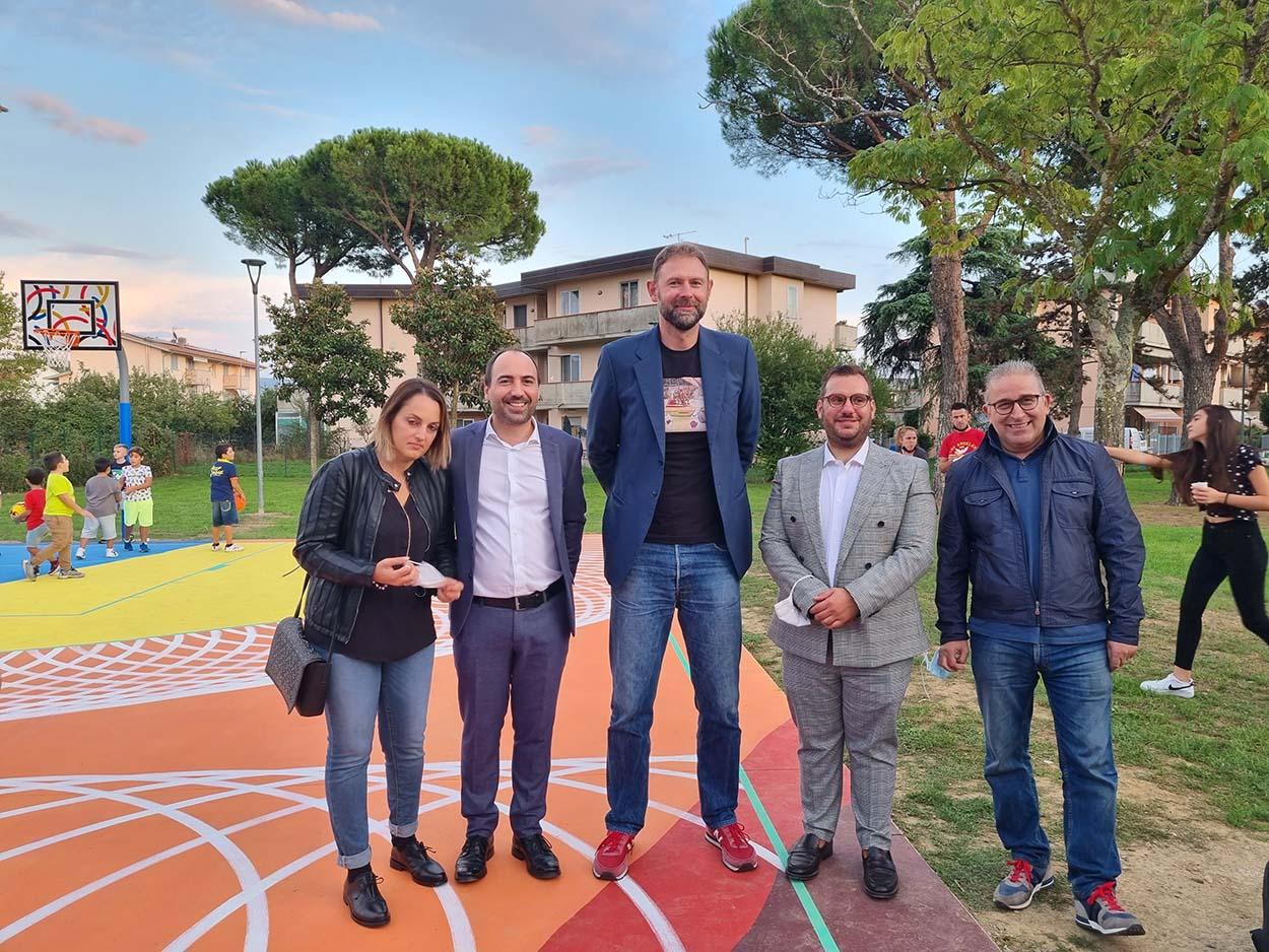 6 Mapei e Giacomo Galanda per Montemurlo - inaugurazione campo basket Oste