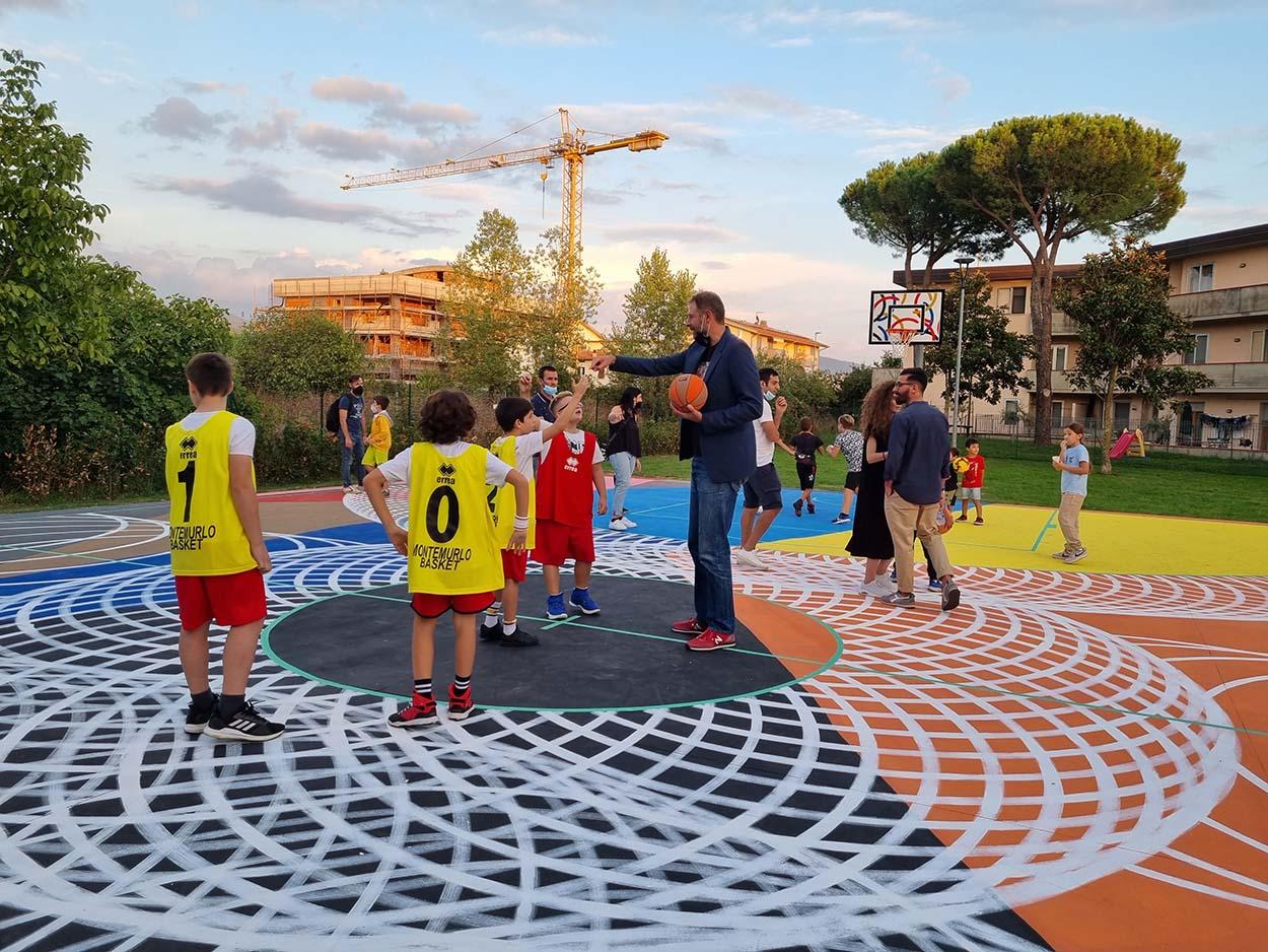 7 Mapei e Giacomo Galanda per Montemurlo_inaugurazione campo basket Oste