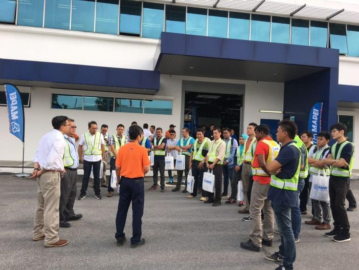 Safety briefing before factory tour