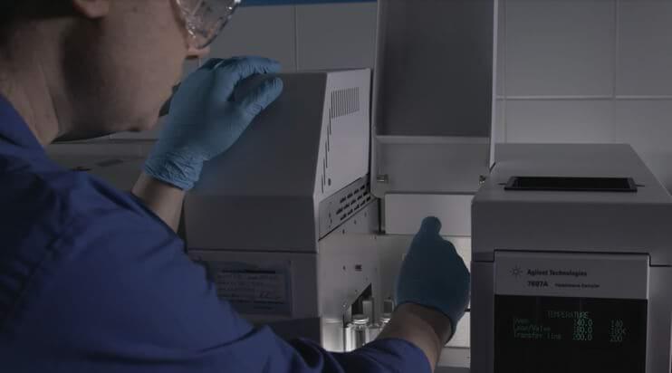 Mapei-Laboratory-12