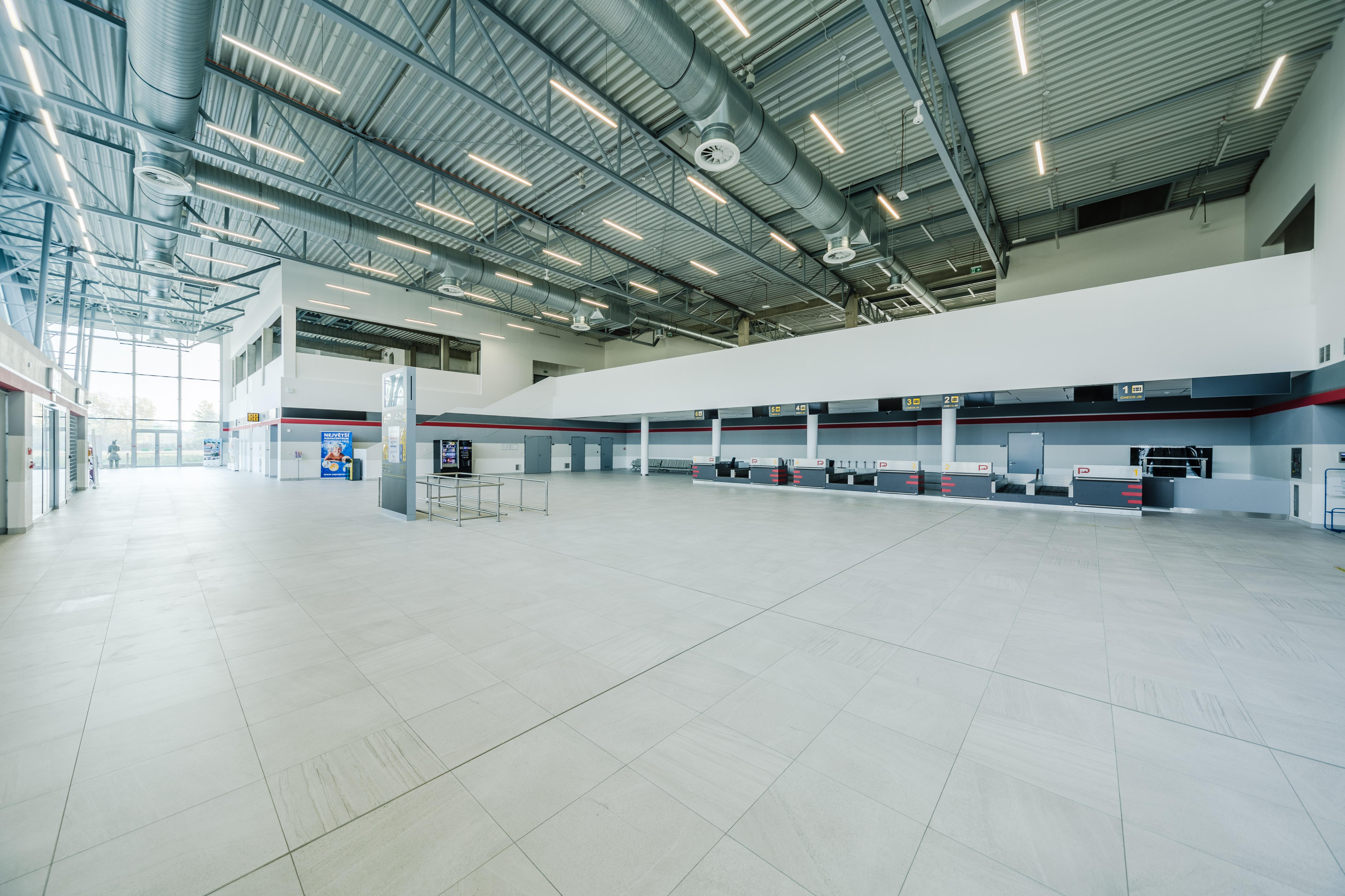 03_Letiště Pardubice (1)