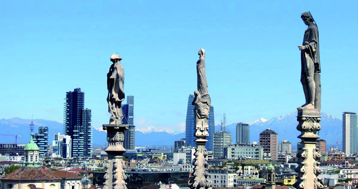 """– významné dárce na podporu milánské katedrály (v italštině nazývané """"Duomo"""") a stala se tak členem exkluzivního klubu """"Spires Club"""" (Klub věží). Historie společnosti Mapei bude díky této události ještě více spjata s nejproslulejší památkou v Miláně."""