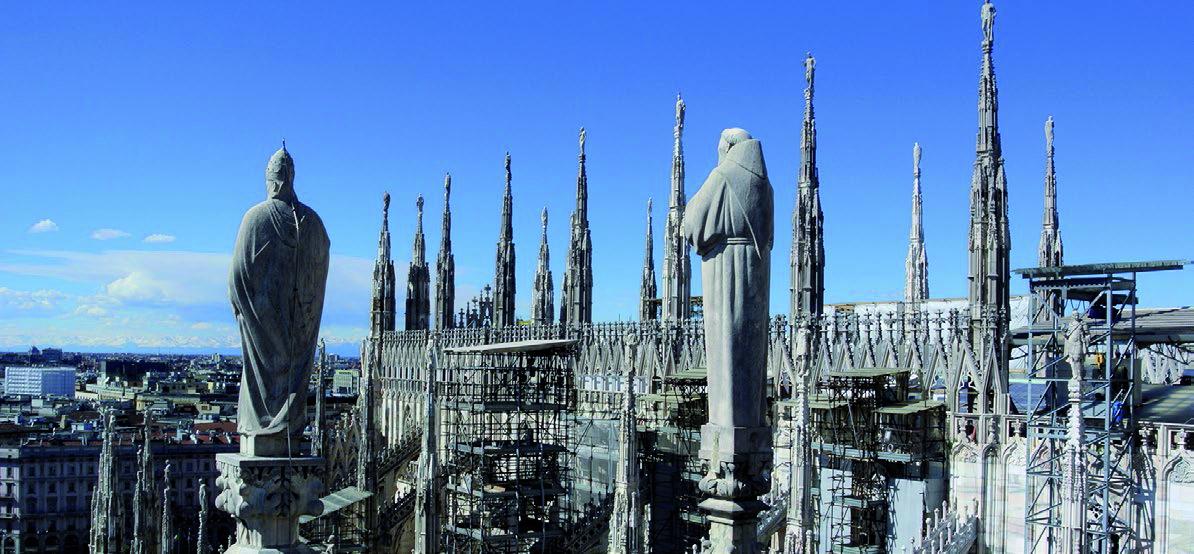 """""""Získejte svou věž a zapište se do historie"""" – to je slogan kampaně na podporu obnovy a restaurování 135 věží a věžiček milánské katedrály."""