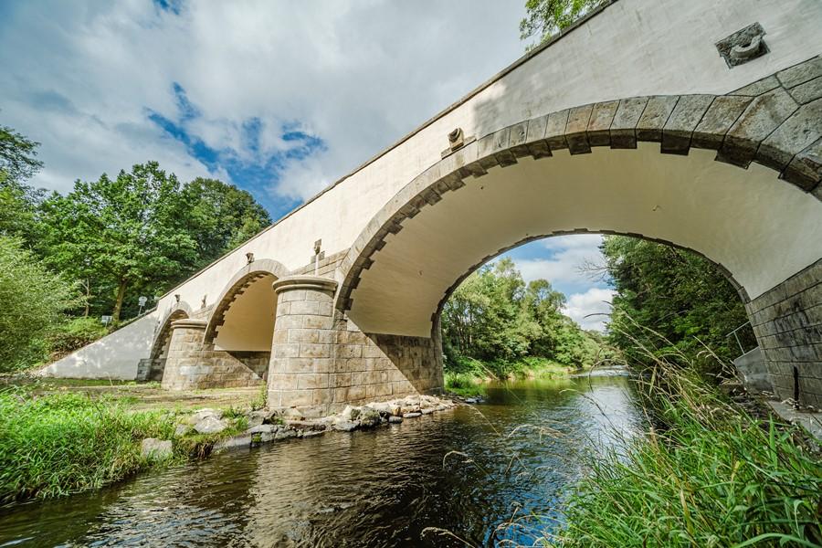 Rekonstrukce historického mostu u Římova