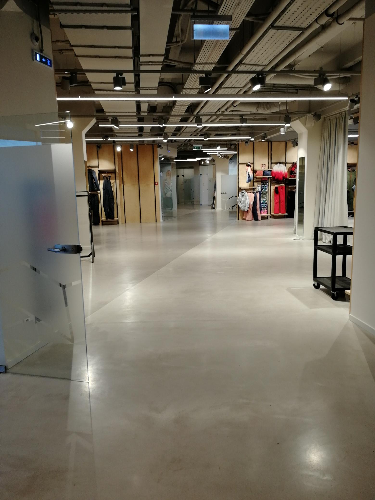 Мода на бетон в интерьере жилых и общественных зданий - напольные покрытия Ultratop Living