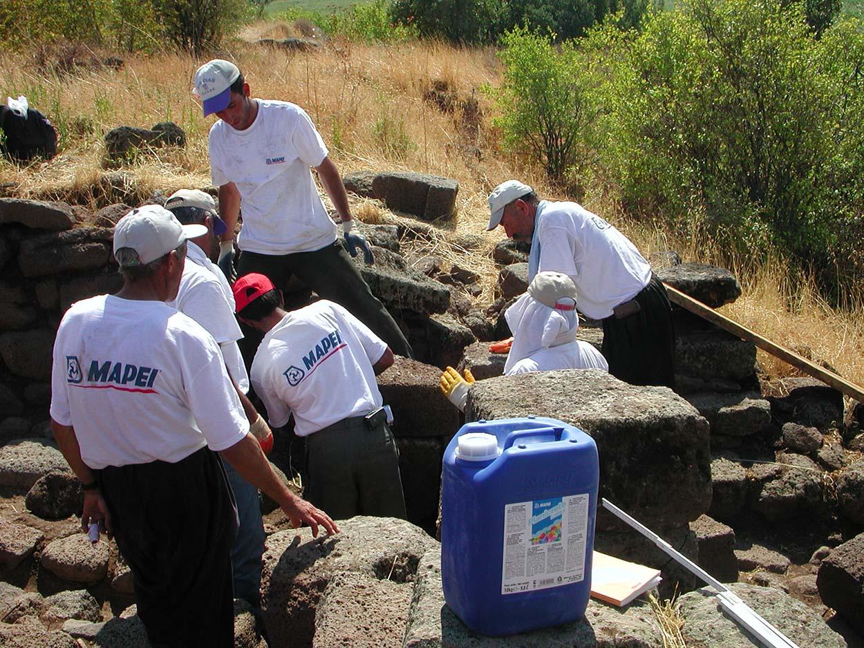 Авторы посвятили книгу об археологических раскопках в Тильмен Хююк, Турция, памяти Джорджио Сквинзи и Адриане Спаццоли