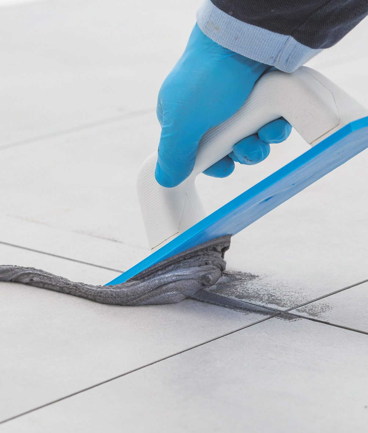 MAPEI's Luxury Vinyl Tile Grout