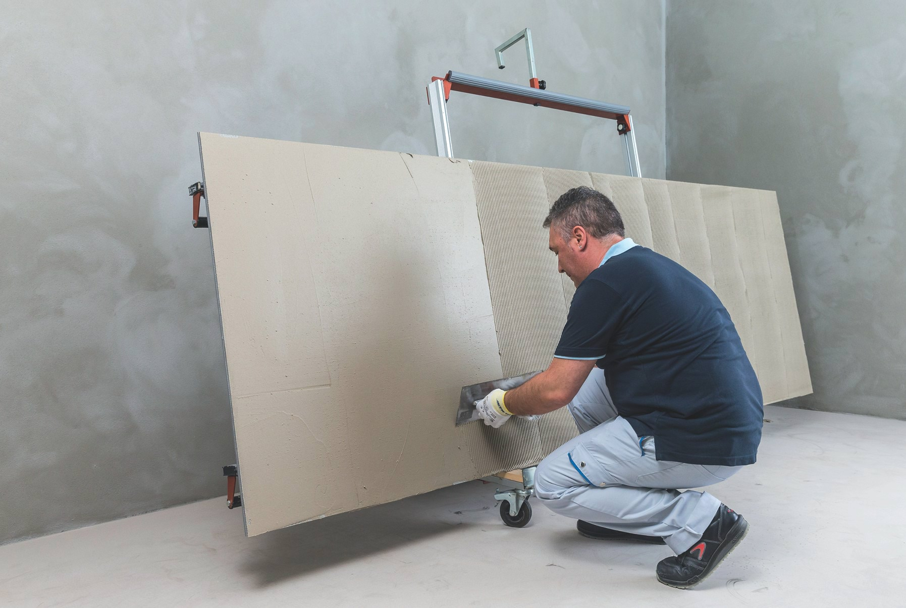 Installing Large Format Tiles with MAPEI