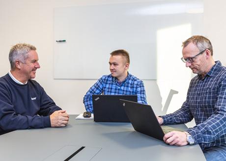 Bilde av fra venstre Stefan Berntsen, Ferdinand Solvang og Ronny Bothner