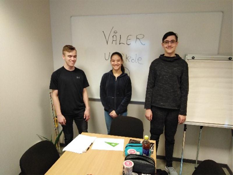 2. plass: Våler ungdomsskole, laget fra venstre: Marius Olsen, Martine Kjellås og Krystian Olejiczak