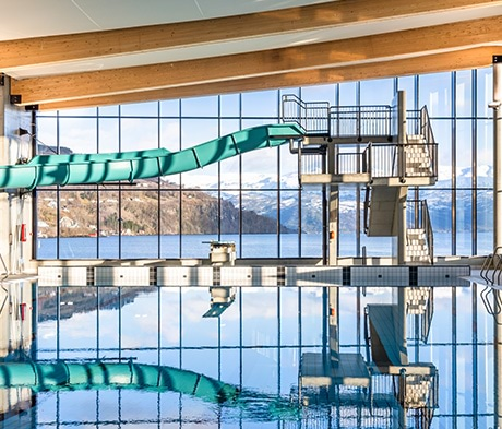 Større fordeler ved flislagte basseng i betong