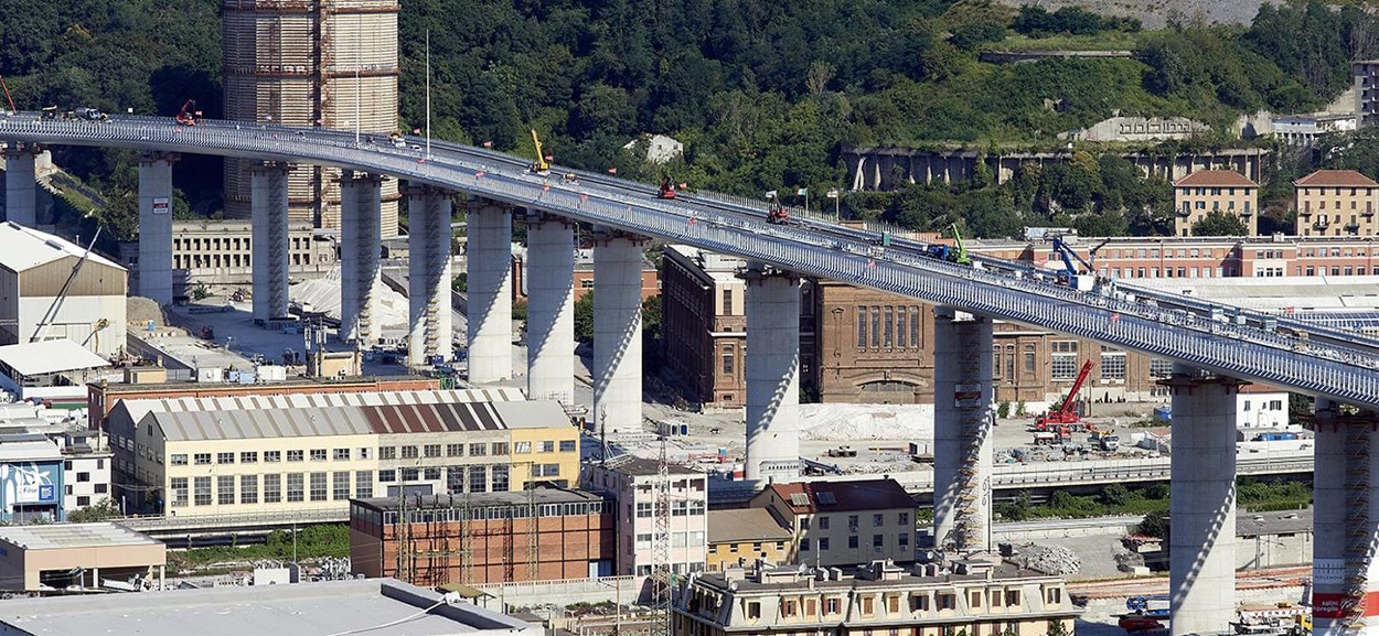 bridge-in-genoa-3