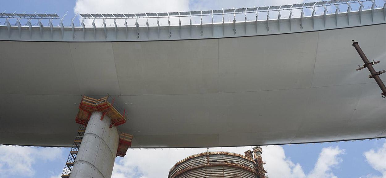 bridge-in-genoa-5