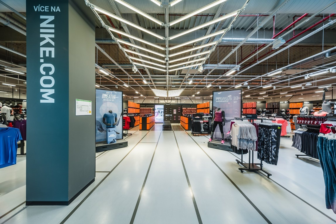 Nike Store Prague the Style Outlets  022cae52afc1
