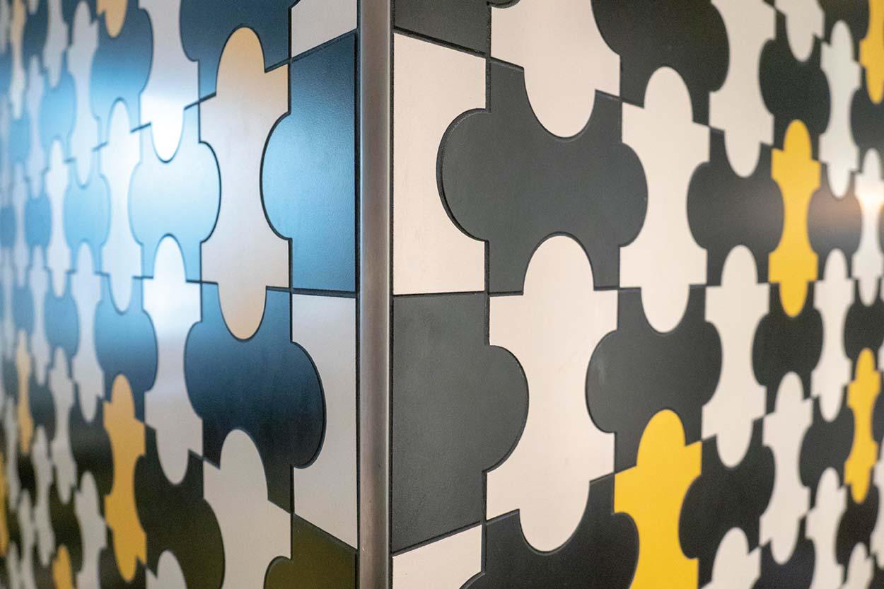 Mapei nel Ristorante Cracco in Galleria Vittorio Emanuele Milano posa piastrelle Gio Ponti ceramica (4)
