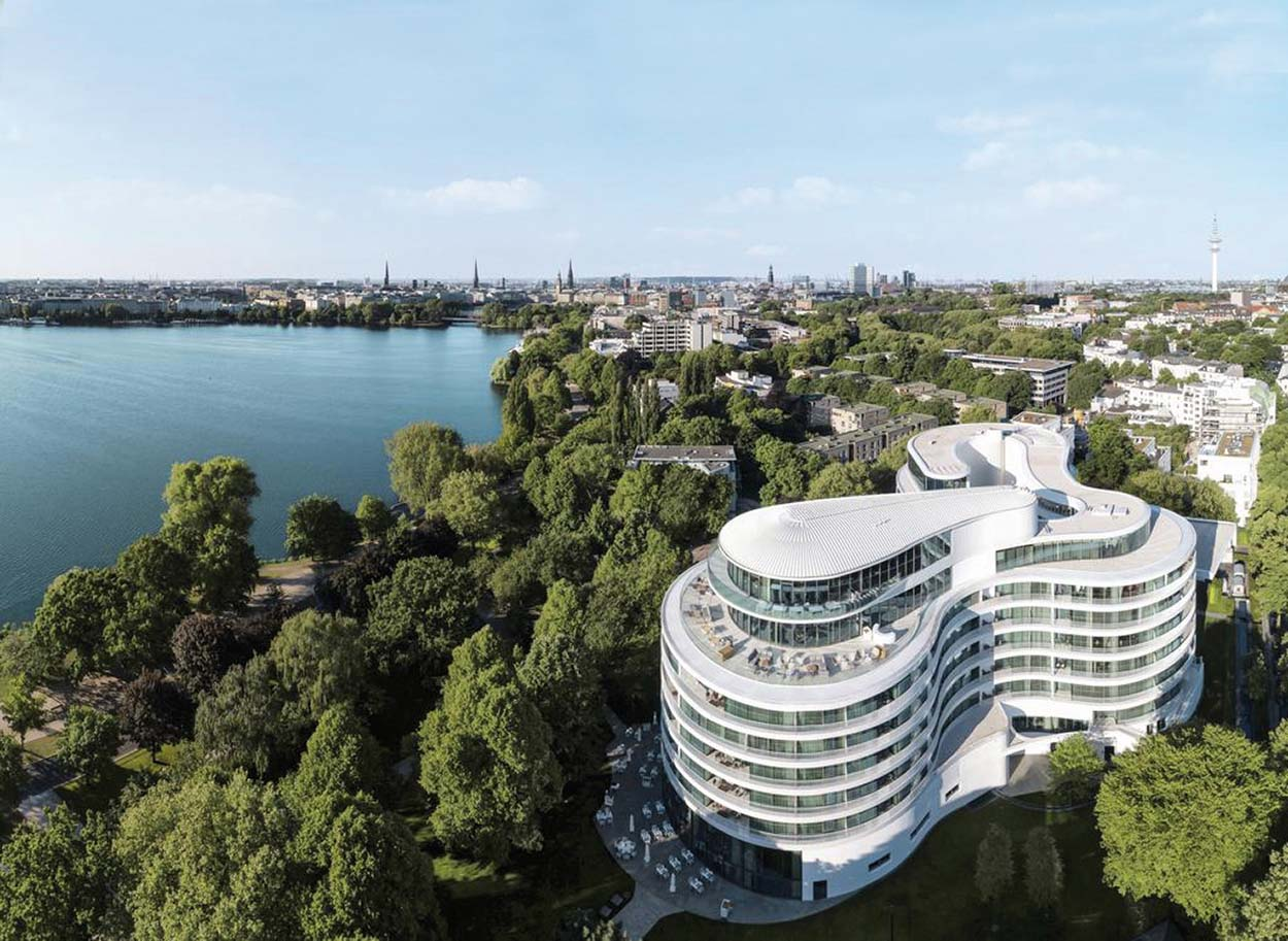 Resine e adesivi per parquet Mapei all'Hotel Fontenay Amburgo - Stoermer & Partners - Thun & Partners - Kuehne Nagel Logistics (1)