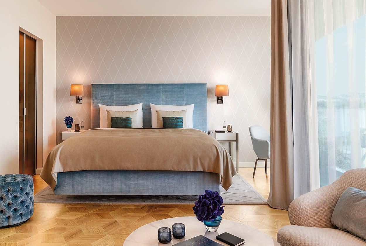 Resine e adesivi per parquet Mapei all'Hotel Fontenay Amburgo - Stoermer & Partners - Thun & Partners - Kuehne Nagel Logistics (5)