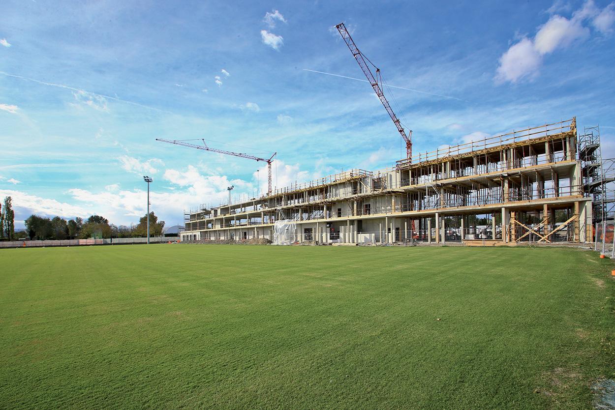 Mapei Football Center - costruzione - i prodotti usati_impalcatura struttura central (1)