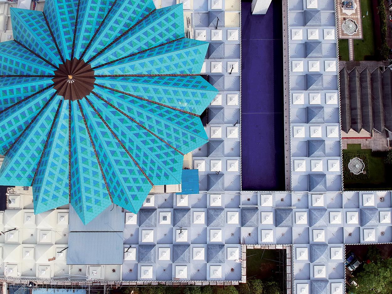 Moschea nazionale Masjid Negara_le soluzioni Mapei per le coperture - impermeabilizzazioni - mosaico (1)