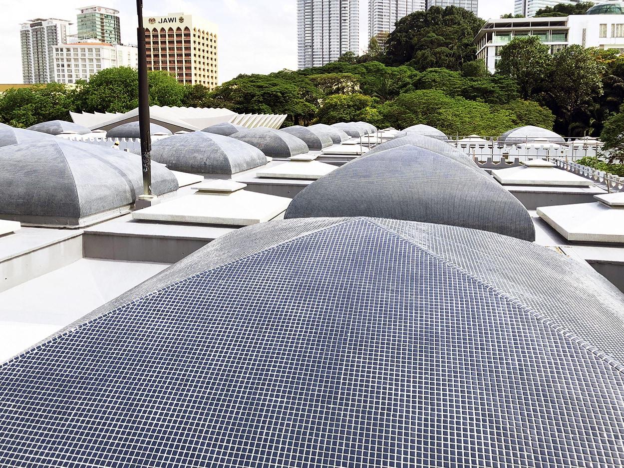 Moschea nazionale Masjid Negara_le soluzioni Mapei per le coperture - posa di mosaico (1)