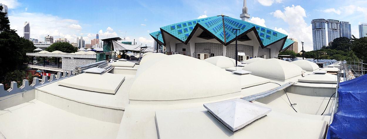 Panoramica della Moschea nazionale Masjid Negara_le soluzioni Mapei per le coperture (1)