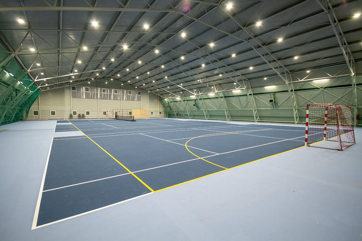 For the playing surfaces of the Dabas FC Tennis Club in Hungary, the local council has chosen Mapei solutions.