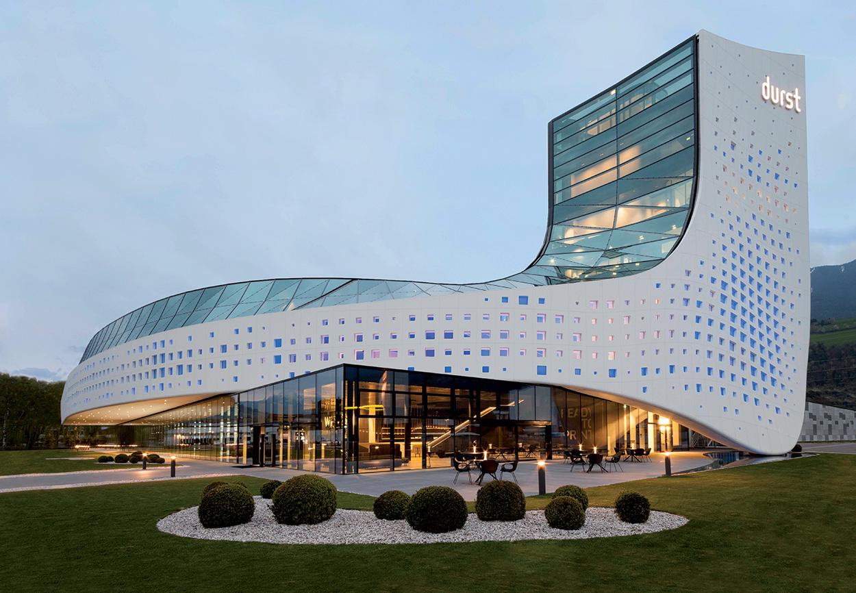 Nuova sede Durst Phototechnik Bressanone_Mapei nel progetto del nuovo Quartier Generale (1)