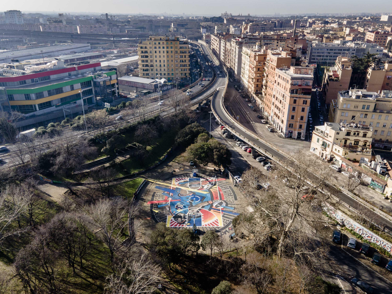 Campo da basket Roma_Scalo San Lorenzo_Red Bull e Mapei_Red Bull Hald Court_veduta aerea