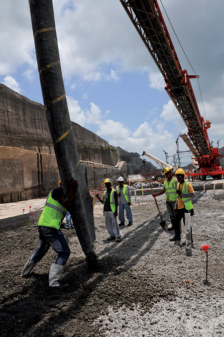 Mapei admixtures in the Panama Canal - more than 5 milions of m3 of concrete (5)