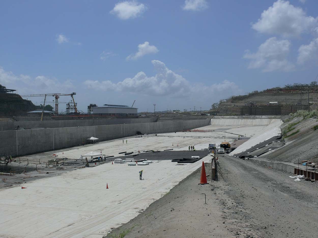 Mapei in the doubling of the Canal_Panama Canal (1)