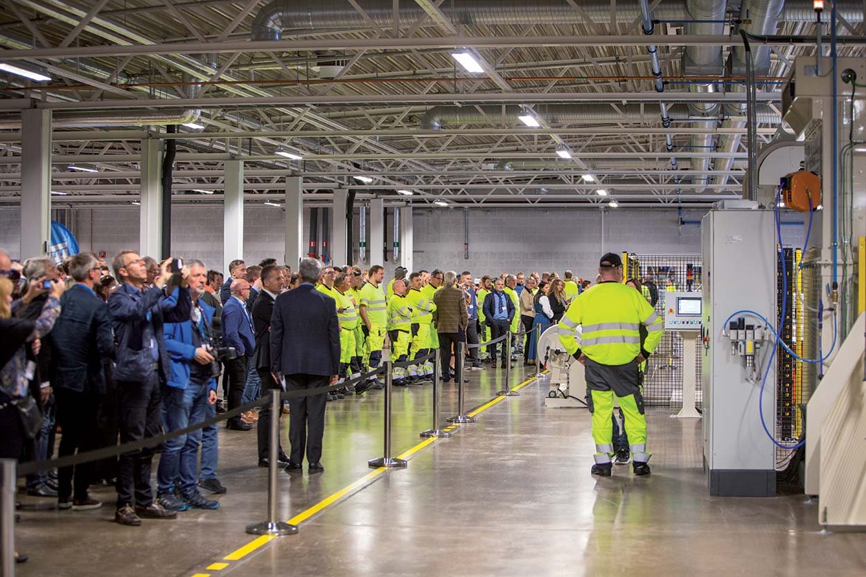 The new manufacturing plant was officially started at the end  of the event. Mapei new Plant in Norway