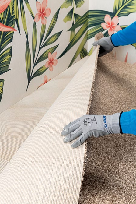 Mapei Ultrabond_Eco_TX3-The new TX line consists of four different adhesives for installing textiles