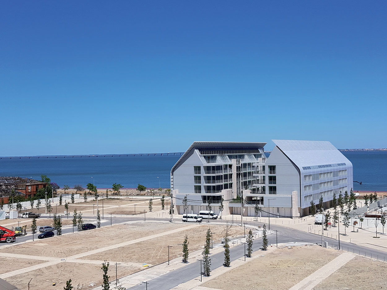 Braço de Prataluxurious residential complex in Lisbon designed by Renzo Piano - Mapei part of the project