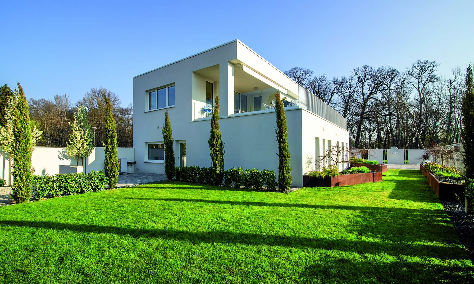 One Family House in Hungary - The façades were insulated with the MAPETHERM SYSTEM, then coated with SILANCOLOR BASE COAT and SILANCOLOR TONACHINO.