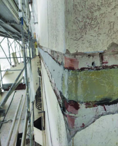 Mapei jobsite in an Italian villa - Strengthening the wrapping band at each floor level - strengthening and seismic upgrading work (3)