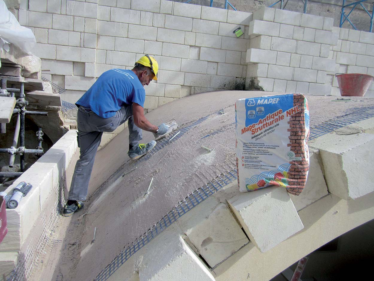 Strengthening the extrados side of the vaulted ceiling of Hotel Palazzo Zicari in Matera - Italy_Mapei